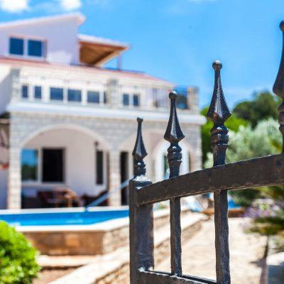 korcula villa jakas house 08 400x400