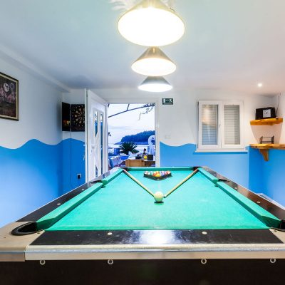villa-jakas-billiards-table-01