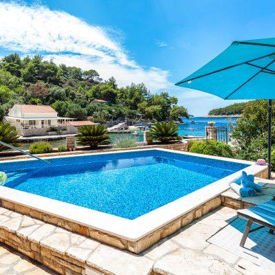 villa korcula jakas pool 01 400x400