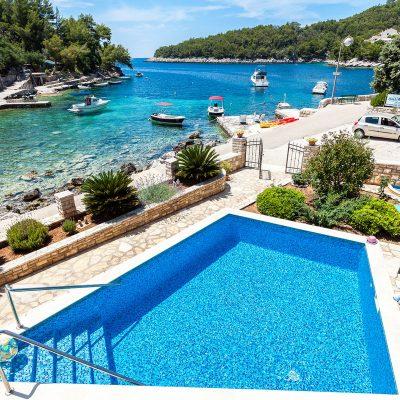 villa korcula jakas pool 02 400x400