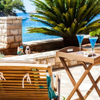 villa korcula jakas pool area 03 400x400